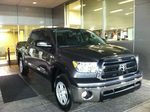 Showcase cover image for Bigrob85's 2012 Toyota Tundra
