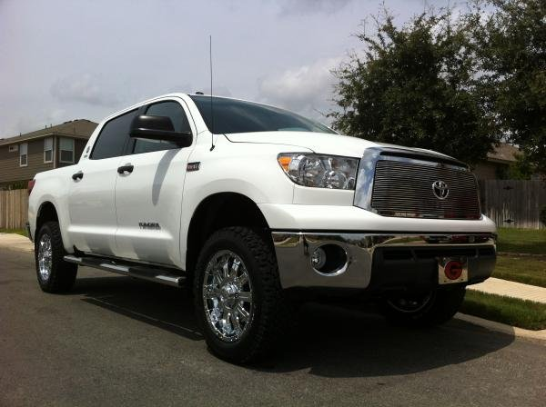 Showcase cover image for cmryals's 2012 Toyota Tundra Crew Max