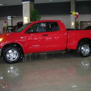 2007 Tundra Radiant Red DC